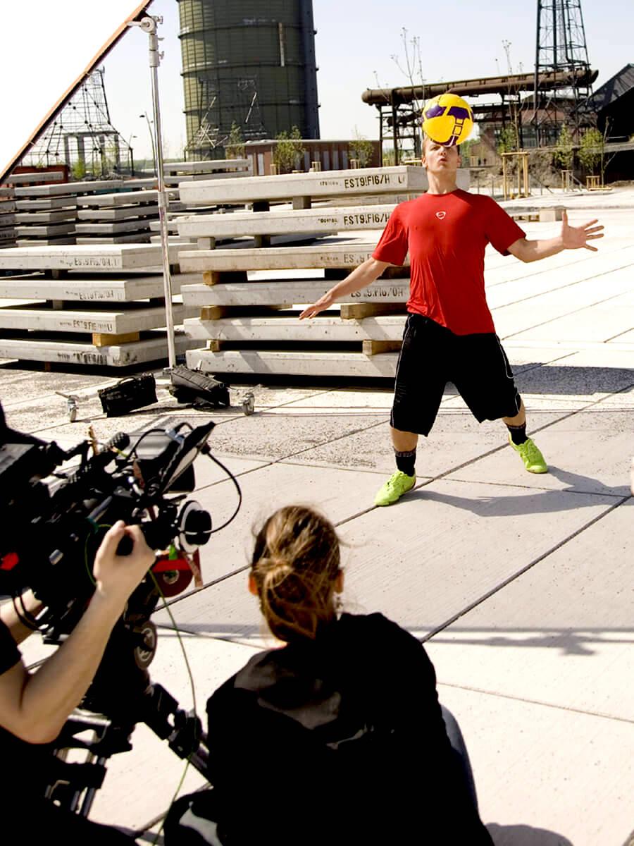 Fussball Freestyler Videoproduktion buchen