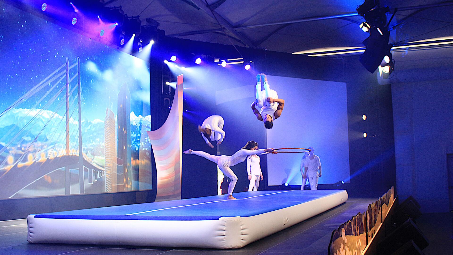 airtrack-show-buchen