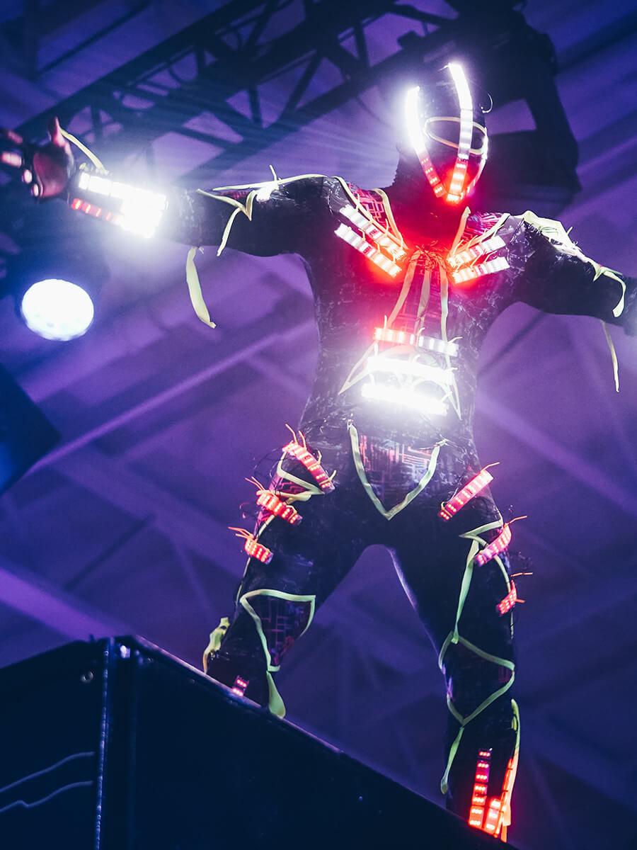 led-showact-mann