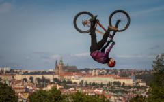 ramp-biker-sprung