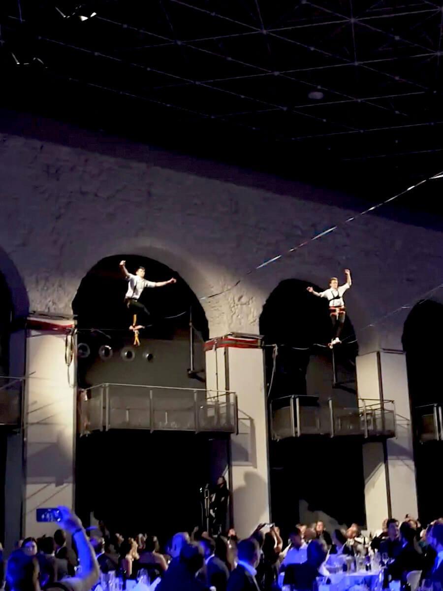 trio Slackline show act
